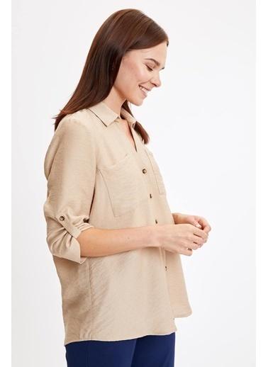 DeFacto Cep Detaylı Uzun Kol Gömlek Bej